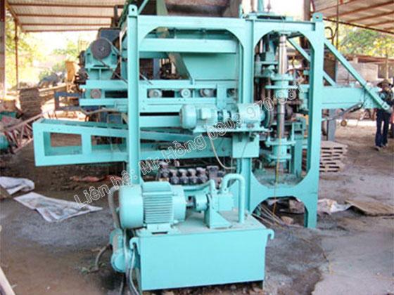 Máy sản xuất 08